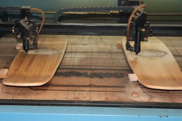 skateboard manufacturing equipment-laser engraving machine